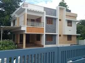 10 cent 2650 sqft 4 bhk new build posh house at aluva choondy near