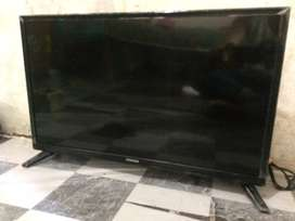 tv led coocaa 24 inch type D3A