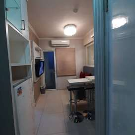 Apartemen green pramuka full furnish bulanan wifi ready