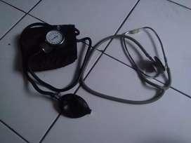 Alat Tensi dan Alat Stetoskop