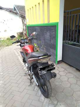 motor vixion tahun 2010.