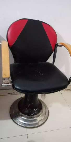 Saloooon chair for sale