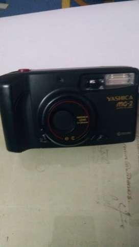 Yashika roll film ( MG 2 ) camera for sale.