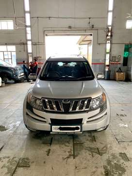 Mahindra XUV 500 W8 Top Model New Condition Like Showroom