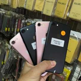 Iphone 7 128Gb tanpa ada lecet sama sekali