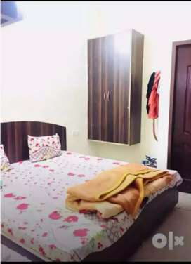 Full Independent 1 Room Set With Attached Washroom And kitchen