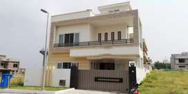 Bahria town phase 8, 10m house brand new, investor rate demand 186 lac