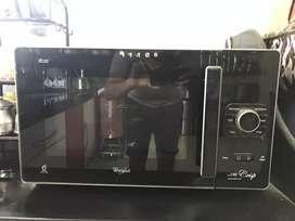 Whirpool Microwave oven @Rs 8000