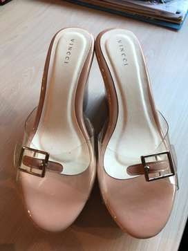 Vinnci wedges preloved