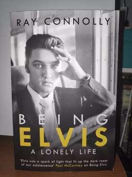 Buku Import Being Elvis, Spiderman, dan Solo Guide.