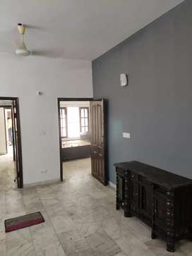 7 marla ground floor 2bhk well built prime location sector 37 d