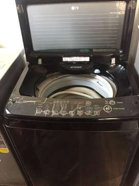 Top Load LG turbo wash fully automatic washing Machine 4 yrs