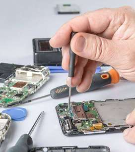 Mobile Repairer require in Service center in Ahmedabad(Req 1 year exp)