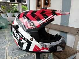 Helm KYT cross/MX