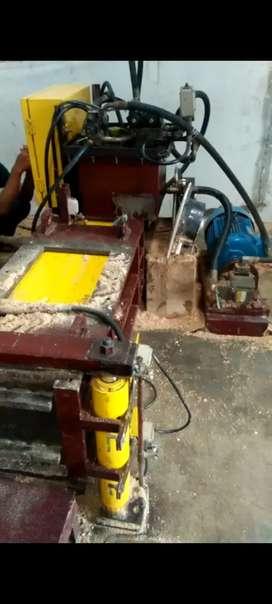 Mesin press hidrolik serbuk kayu, sabut kelapa, sekam