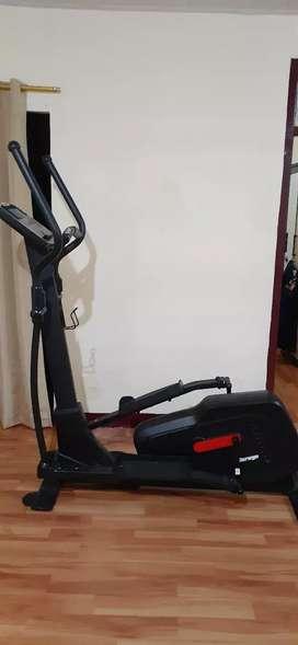 Alat Olahraga (Fitness) - Berwyn Elliptical Bike 608e