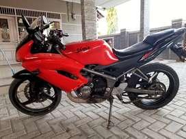 Kawasaki ninja rr 2 tak, tahun 2013 warna merah.
