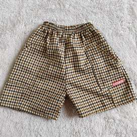 Celana pendek anak 1-3 tahun