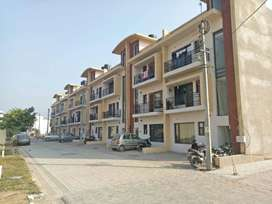 READY TO MOVE 2/3BHK FLOORS AVAILABLE NEAR ZIRAKPUR...DERABASSI