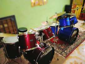 Drums on rent Rs.1500,.. At very low price