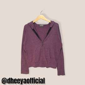 thrift sweater cowo free parfum
