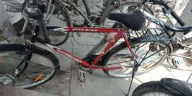 Hero bicycle with Good Conditions:No cost of Repairing. AMU CAMPUS