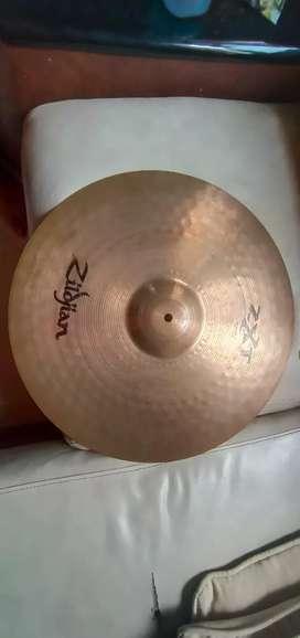 "Medium ride cymbal zildjian zxt 20"" (barang masih ready)"