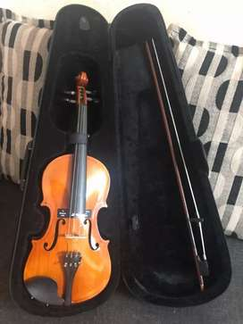 SG Musical Violin