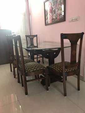 Dining Table for 6 including Wooden chairs