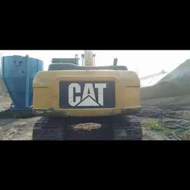 Dijual exavator CAT 320D2