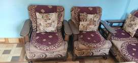 Sofa set 5 seater new condition