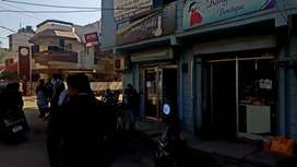 corner building available for sale in pajabi bagh