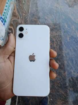 IPhone 11 128 GB good condition all kit