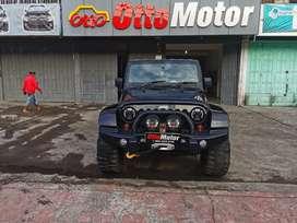 Jeep Wrangler Sahara Diesel 2.8 Thn 2011