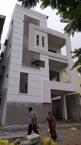 120sq yads near Indra nagar independent doublex house sale 85laks.