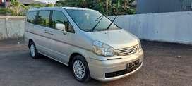 Nissan serena ct 2010 antik km 100 full original