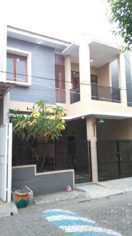 Dikontrakan Rumah 2 lantai di Sidoarjo