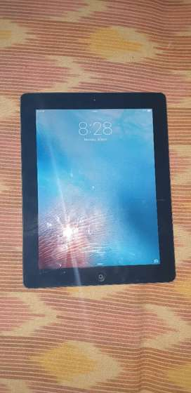 Apple iPad2 wifi only 16 GB 9.7 inches with case