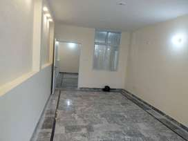 1000 SQFT COMMERCIAL UPPER PORTION FOR RENT IN GULBERG ORIGINAL PICS