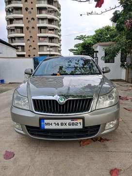 Skoda Laura Ambiente 1.9 TDI MT, 2010, Diesel