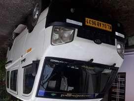Mahindra minivan