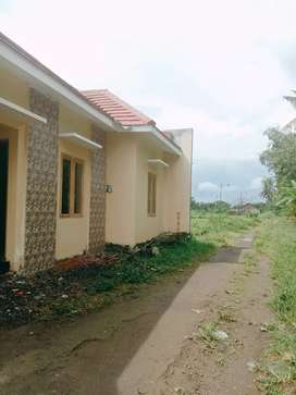 Rumah Pinggir Jalan Bisa Buat Usaha Wedomartani