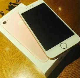 I PHONE 7 BRAND NEW SEALED PACK