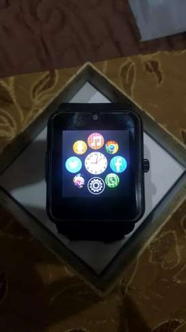 SMART WATCH MODEL GT08 WITH SIM CARD & MEMORY CARD OPTION FOR SALE