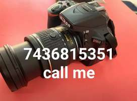 New.      Condition.     Camera.    With.     Lens