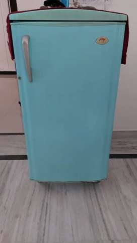 Refrigerator in working condition godrej cold gold 175l