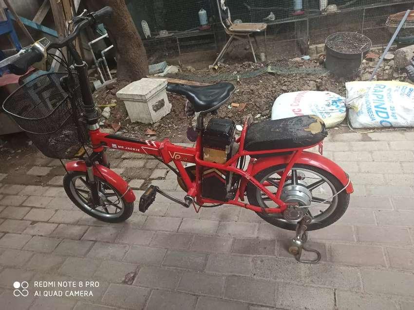Sepeda Listrik lipat 0