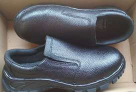 Safety shoes ori bekas