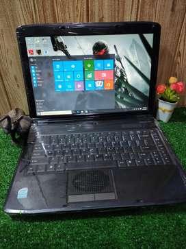 Laptop tangguh Acer Emachines D720