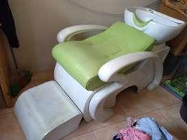 Tempat cuci rambut salon